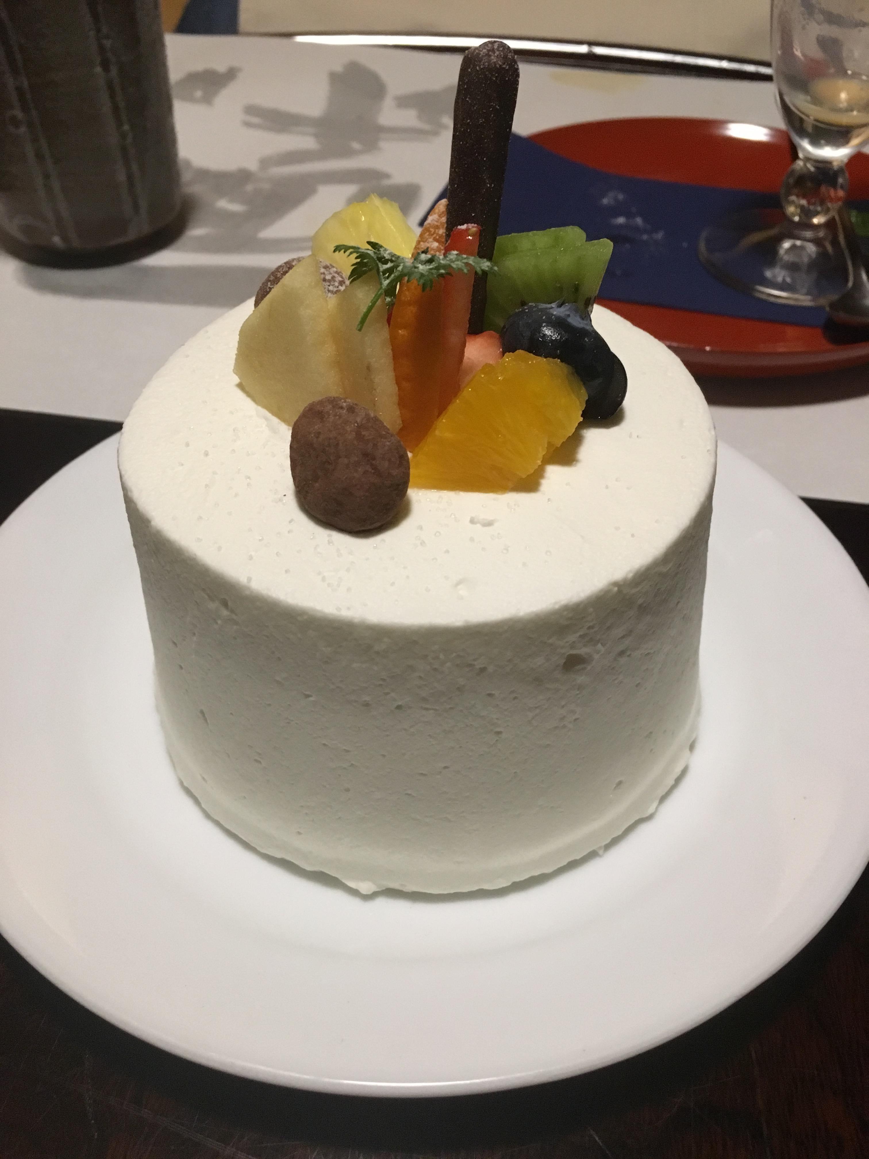 蜜月住宿的特別禮物(B-Speak水果蛋糕)