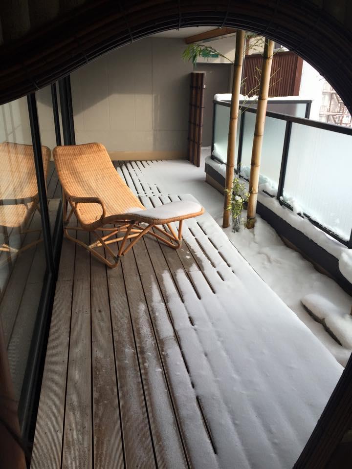 阿寒鶴雅別莊鄙之座陽台的躺椅