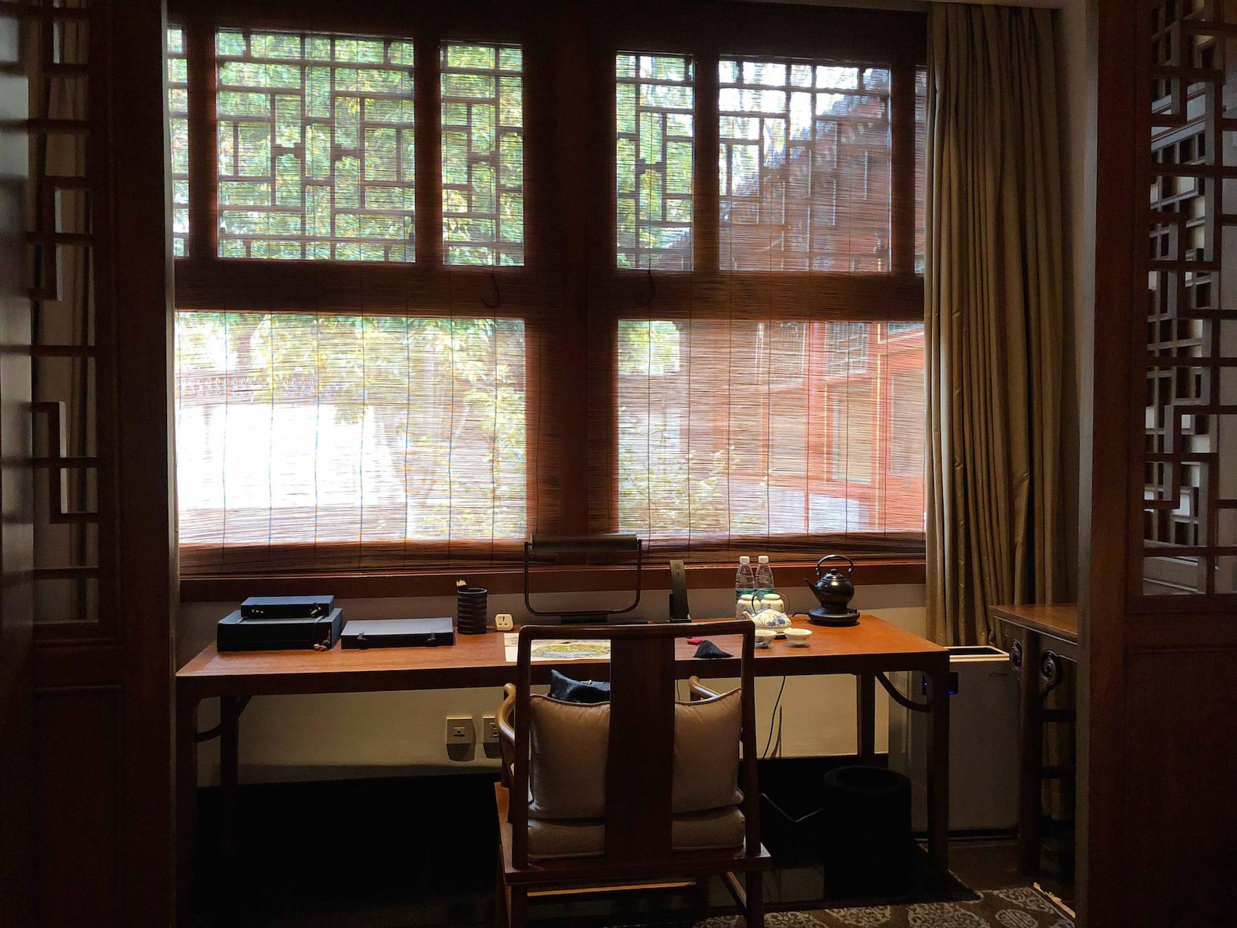 庭院套房的書房